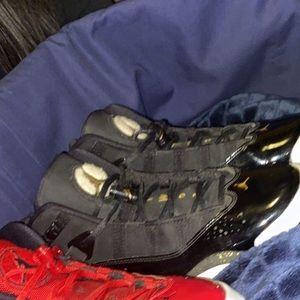 Black and gold six rings Jordan's
